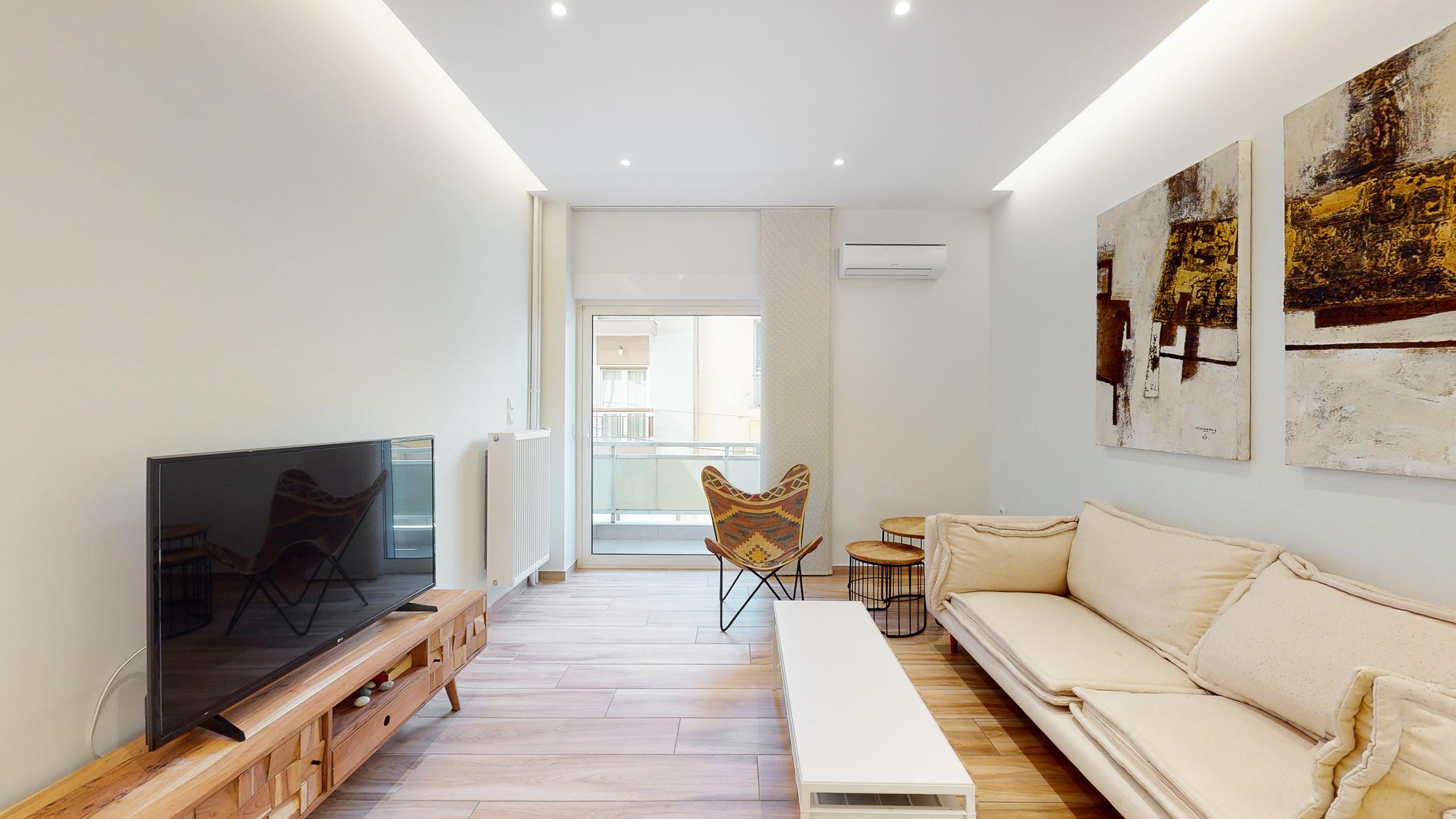https://api.thebrik.com/static/properties/60339d5a11032b7788b6e42e/fb6e702d.living-room.1.jpg